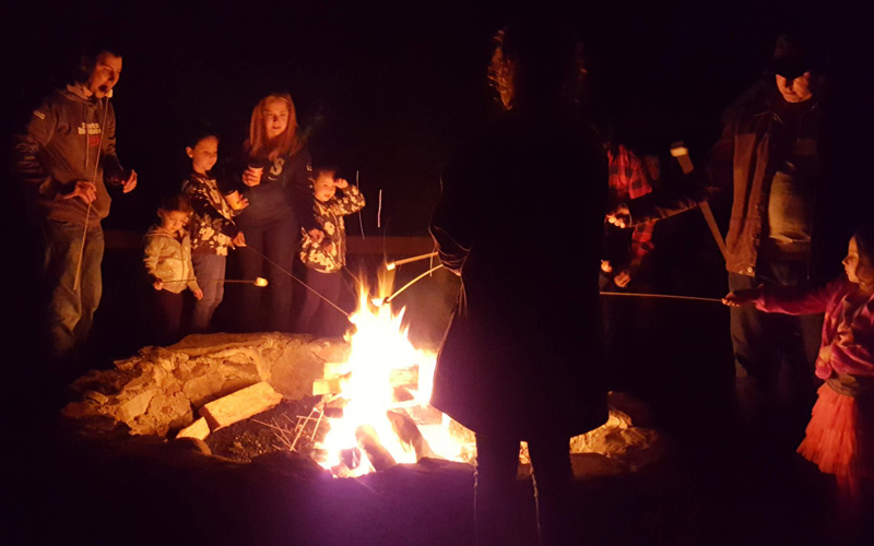 Bonfires with Live Music, Marshmallows & Sing Alongs